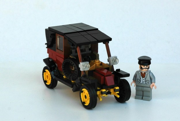 1910 Renault AG1 by LegoEng on Flickr