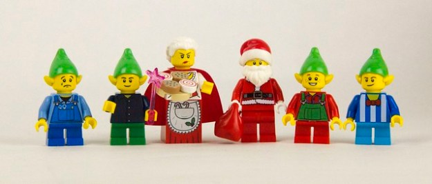 10245: Santa's Workshop [Review] | The Brothers Brick | The Brothers ...
