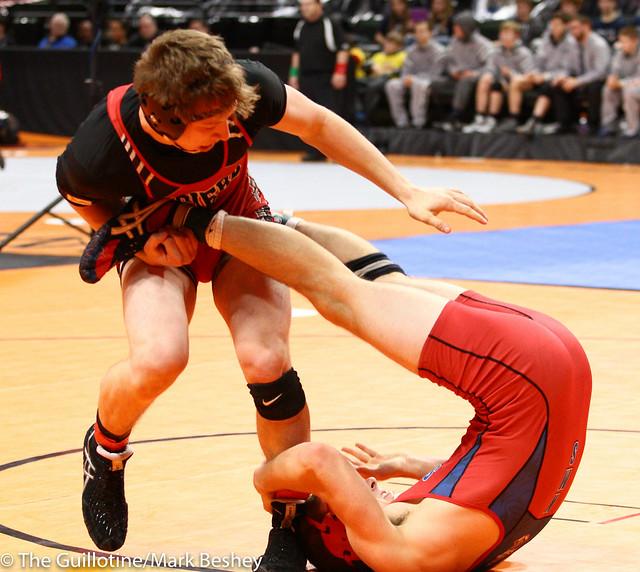182 - Matt Kummet (Pierz) over Brandin Dahl (Kerkhoven-Murdock-Sunburg) Maj 9-1