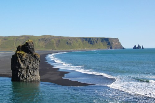 La spiaggia nera di Dyrhólaey