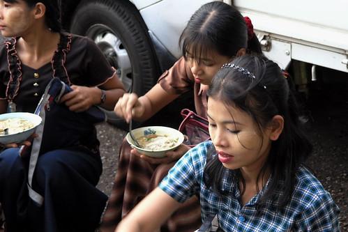Myanmar - Yangon - Street Life - 8