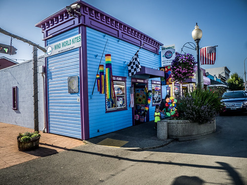Kite Store at Long Beach