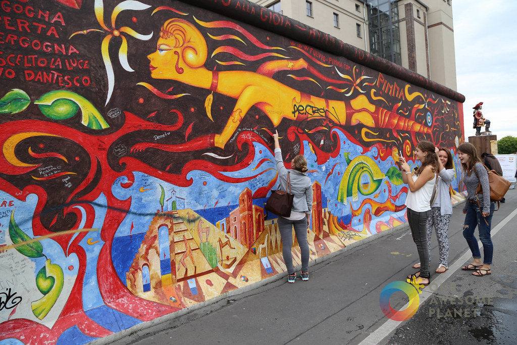 East Side Gallery - Berlin Blogger Conference -9.jpg