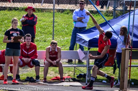 2014 T&F Districts Tillamook Track-8