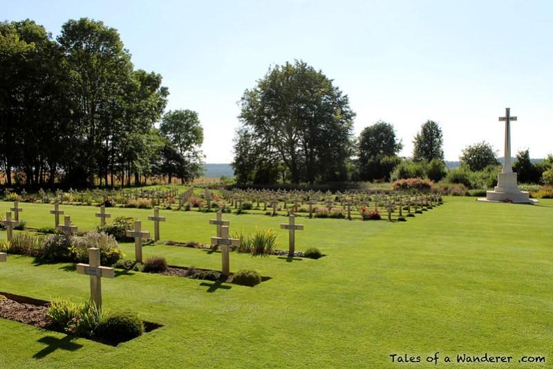 THIEPVAL / AUTHUILLE - Mémorial et cimetière franco-britannique