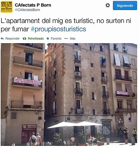 14i22 Turismo masas mata en vecindario