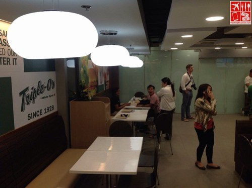 Dining area of Triple-O's by White Spot SM Megamall