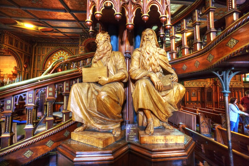 Ezekiel and Jeremiah located at the base of the pulpit.