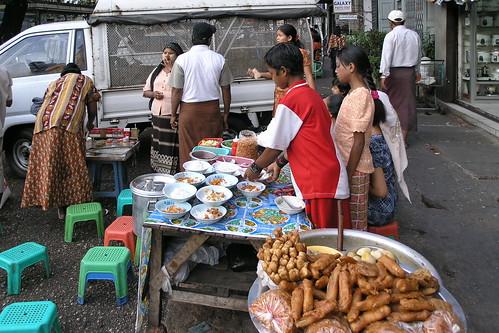 Myanmar - Yangon - Street Life - 6