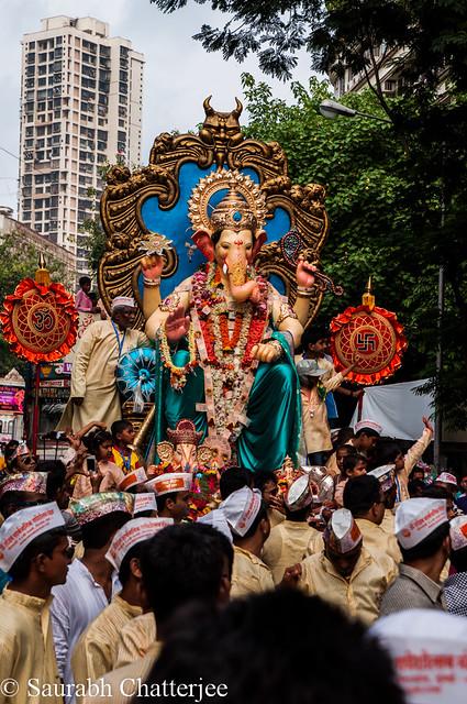 GanapatiVisarjan_Mumbai_042