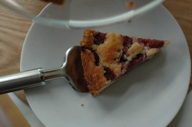 Strawberry Drizzle Cake 05