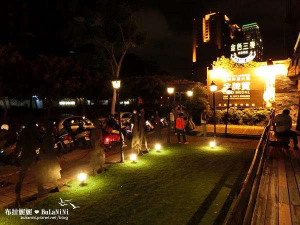 【臺中美食餐廳】萬聖節氣氛!與好友的週六夜晚@金色三麥-臺中市政店 - 布拉妮妮家鄉事,一起去南投玩吧!