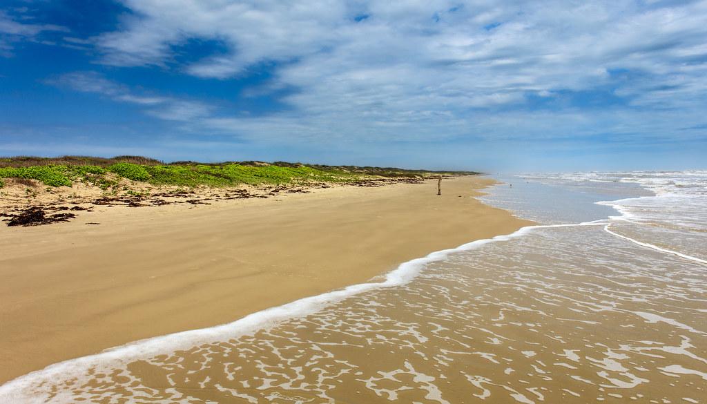 33865838181_34ab6cd811_b 5 Main Beach Getaways in Texas