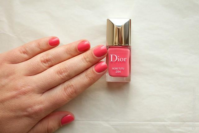 05 Dior #254 Rose Tutu