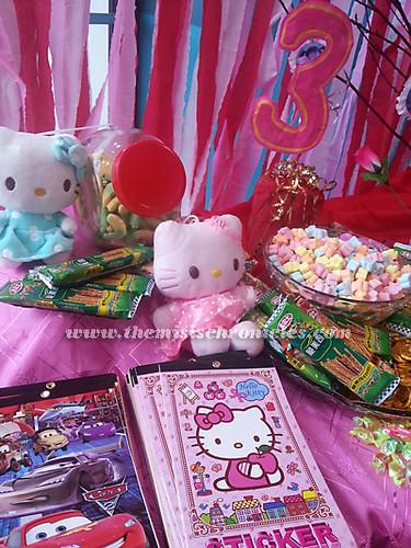 hello kitty theme diy candy buffet