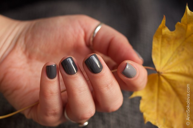 31 Gelish   Fashionably Slate + Let's Hit The Bunny Slipes