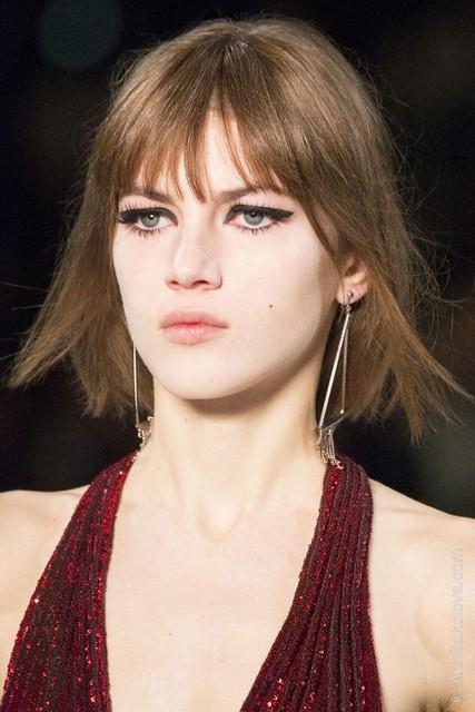 hbz makeup trends fw2014 mega lashes 05 Saint Laurent clp