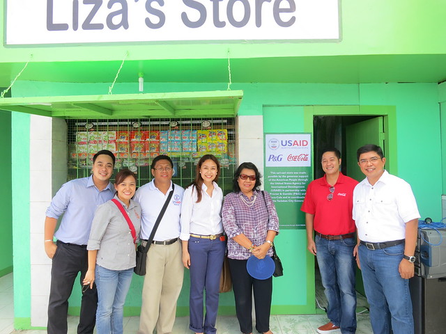 Hope Store Leaders from Coca-Cola, Rebuild, Procter and Gamble and Department of Trade and Indsutry