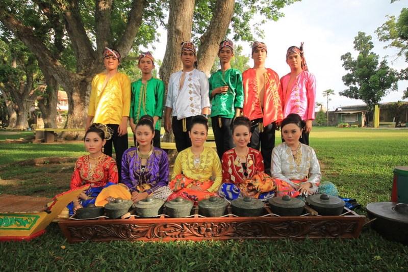 Ingat Kapandayan Dance Troupe