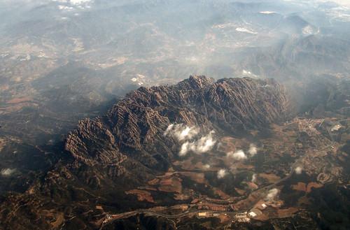 Montserrat desde el aire
