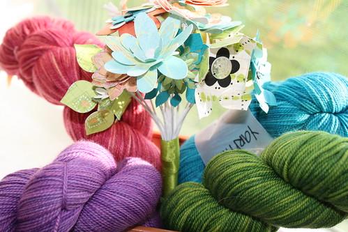 YIP 334.365 Yarn Bouquet