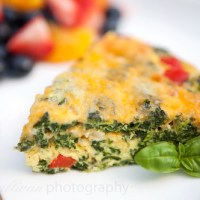 Crustless Spinach & Bell Pepper Quiche