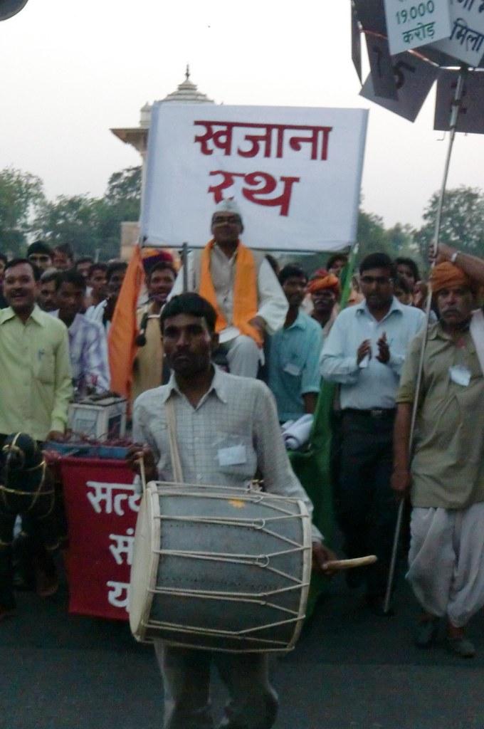 Pics from the satyagraha - 14 Oct 2010 - 5
