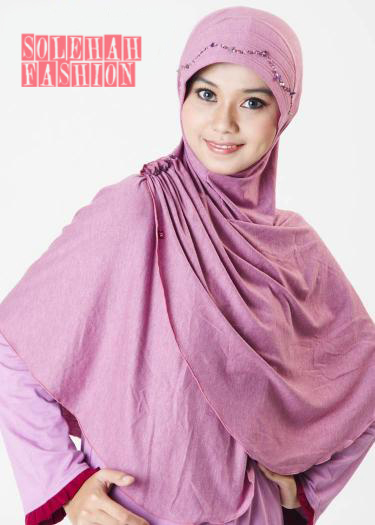 Balqis Purple Hijab