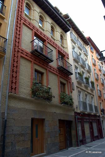 Casas de la calle Calderería del Casco Antiguo de Pamplona.