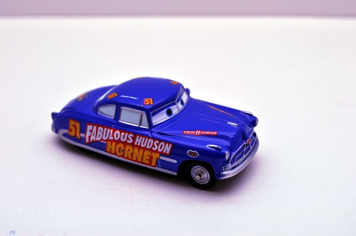 Disney Resort CARS Carrier exclusive (15)