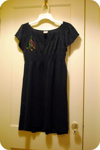 I embroidered this dress.