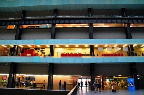 34 Sala de Turbinas. Tate Modern Giles Gilbert Scott 1947 Herzog & de Meuron 2000 Londres 273