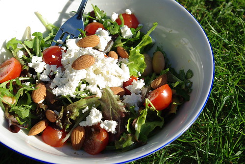 Salad & vinaigrette