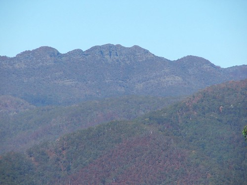 The Rugged Peaks of the Crosscut Saw