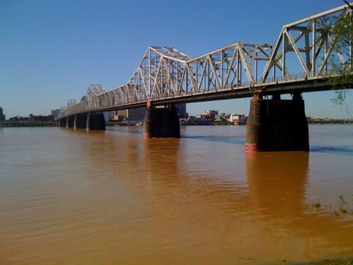 MMX 125 Ohio River in Spring