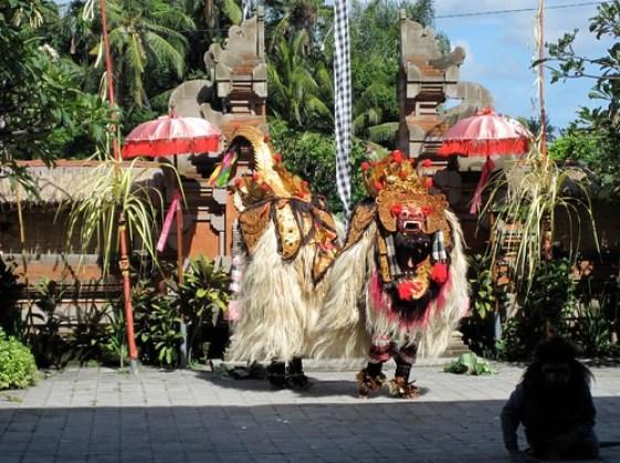 Traditional Balianese Dance 2