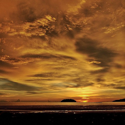 sunset at tanjung aru beach IV
