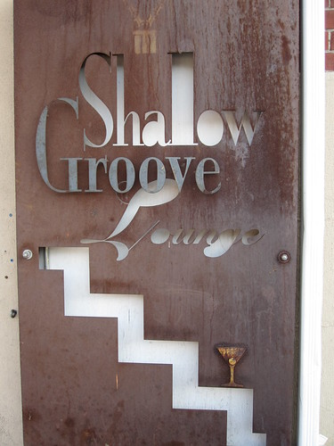 Shallow Groove