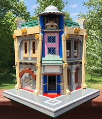 MOC: Toontown Corner Building