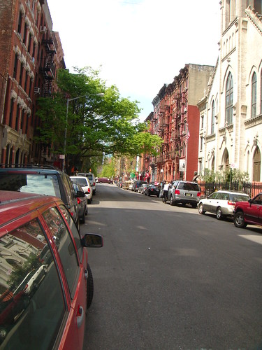 East Village - 7th St (Btwn. 1st Ave & Ave. A)