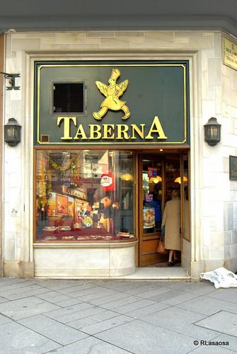 """Panadería-pastelería """"Taberna"""", en la Avenida de Carlos III"""
