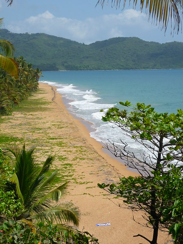 Playa Larga, Maunabo