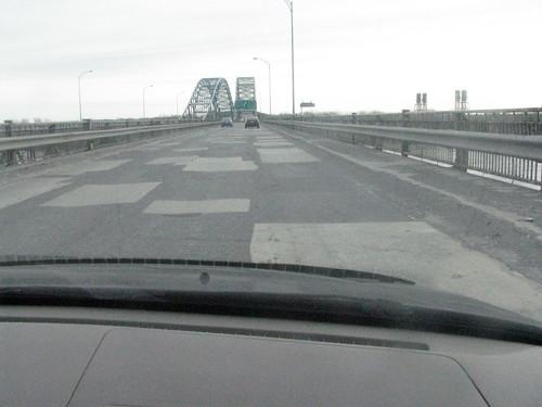 Crappy Quebec Roads