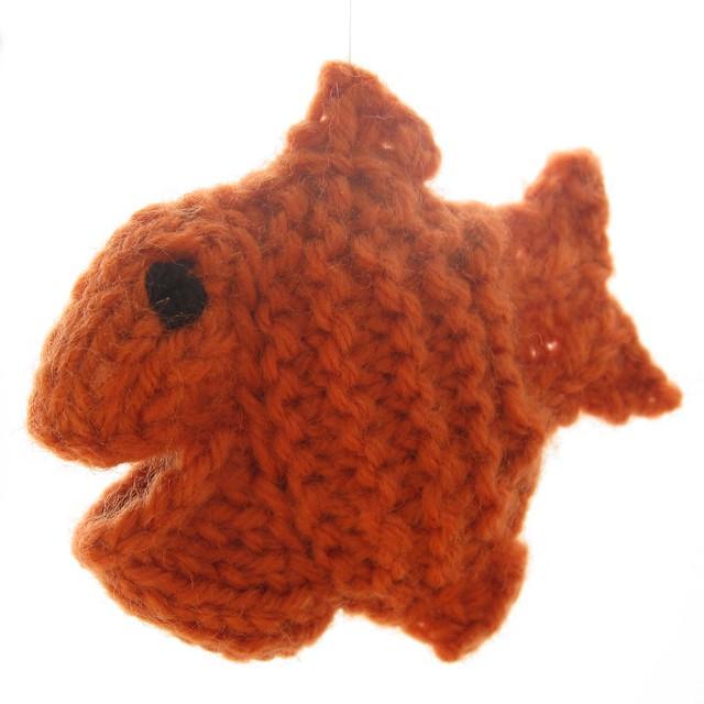 Knit Goldfish1