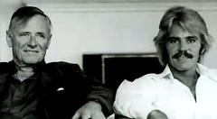 Christopher Isherwood e Don Bachardy (via web: http://www.youtube.com/watch?v=5hb5pFoAh-U)