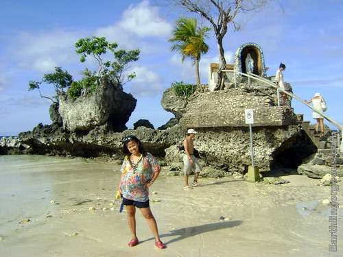 December 31, 2010 at Willy's Rock Boracay