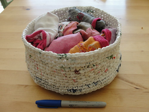 Plarn basket 5