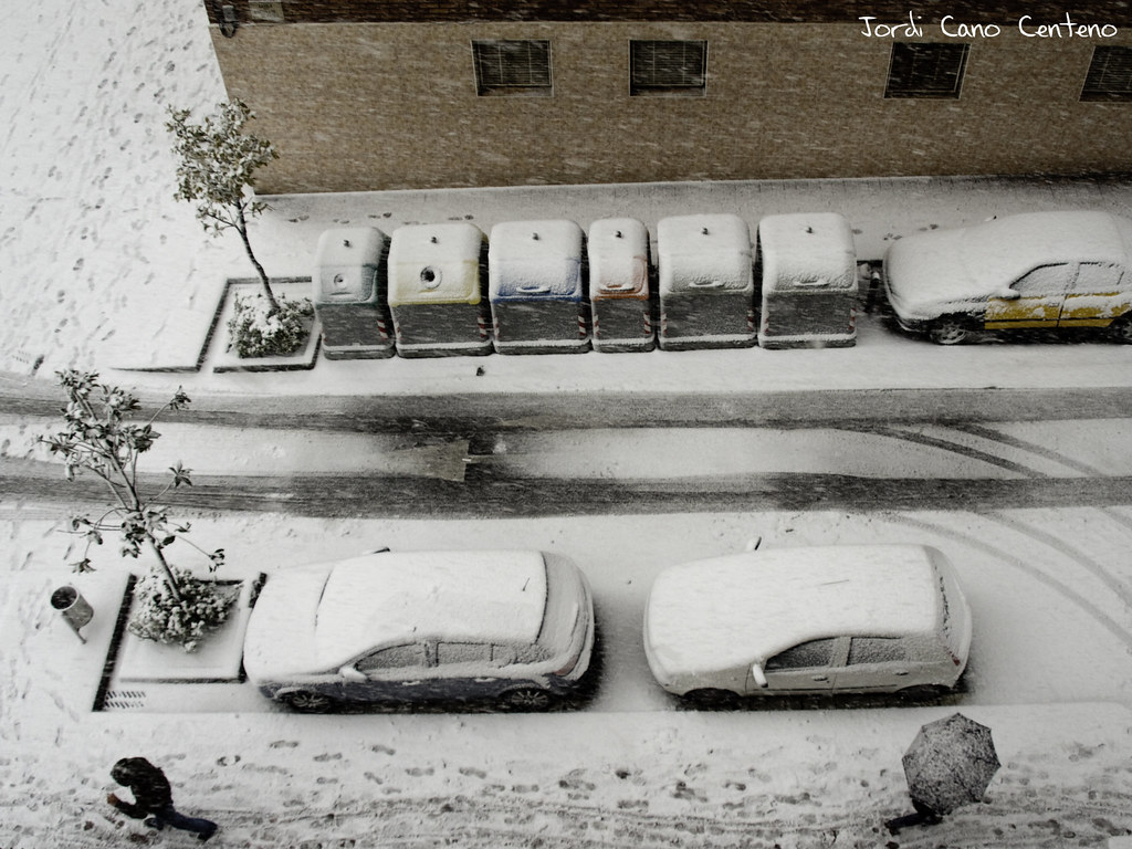 Nieve en Sant Joan Despí. Barcelona. 01