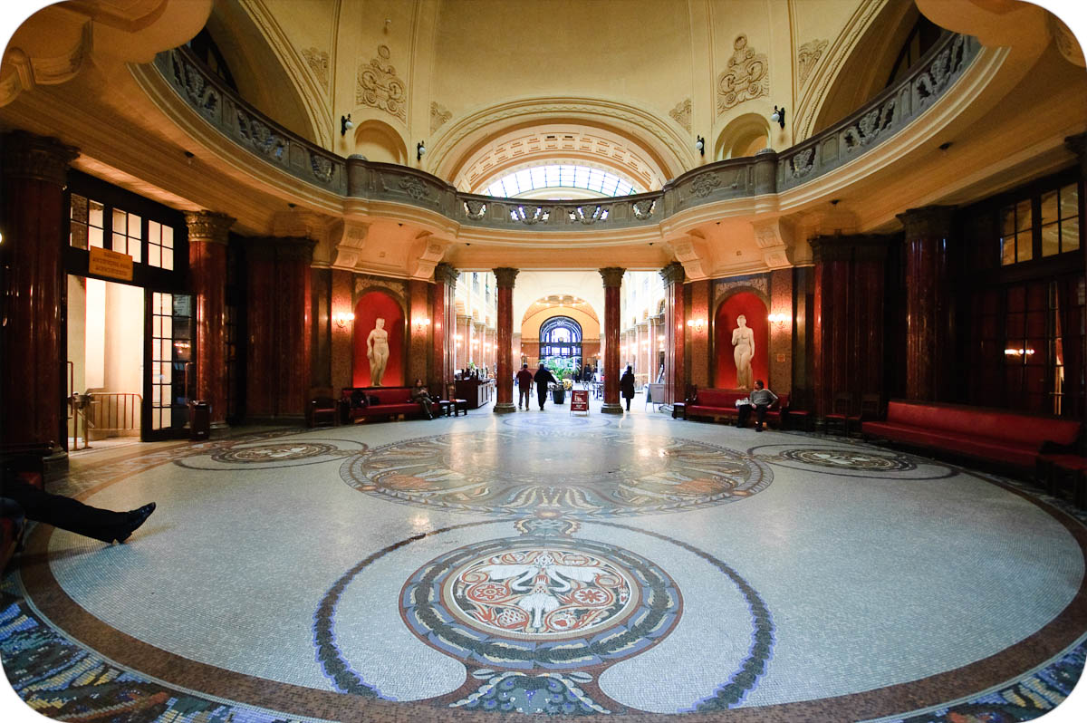 Gellert baths main lobby