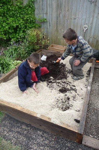 Making Square foot garden